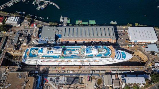 Vue du ciel du bateau de croisière Sea Princess